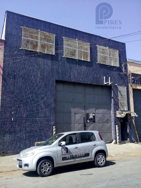 galpão 600m², recepção, 3 salas, cozinha, refeitório, 2 vestiários e 4 banheiros.garantia - fiador ou caução...