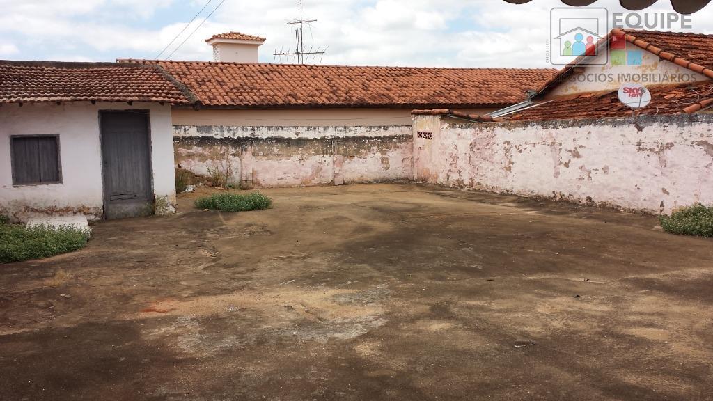Casa de 2 dormitórios em Vila Carvalho, Araçatuba - SP