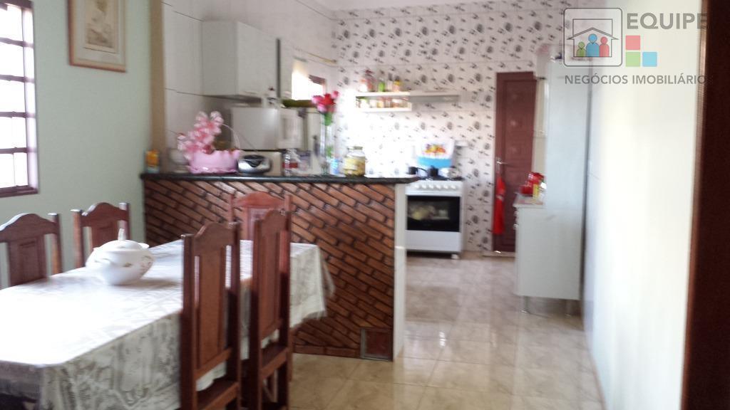 Casa de 3 dormitórios em Residencial Jardim Centenário, Araçatuba - SP