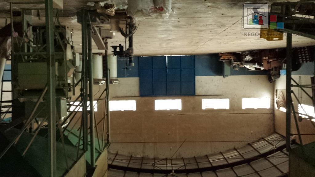 Barracão à venda em Chácaras Califórnia, Araçatuba - SP