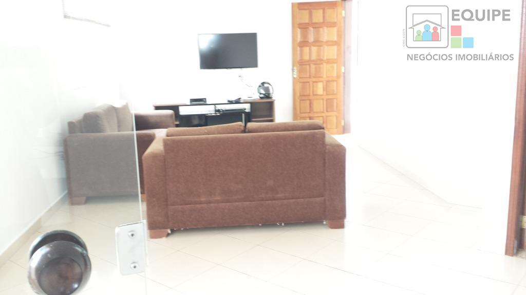 Casa de 3 dormitórios em Ipanema, Araçatuba - SP