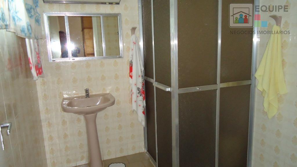 Casa de 3 dormitórios em Centro, Araçatuba - SP
