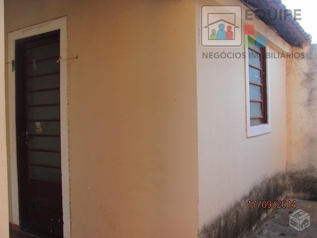 Casa de 2 dormitórios à venda em Conjunto Habitacional Ivo Tozzi, Araçatuba - SP