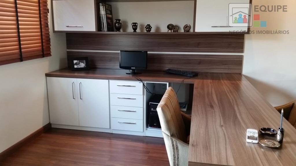 Casa de 4 dormitórios à venda em Centro, Birigüi - SP
