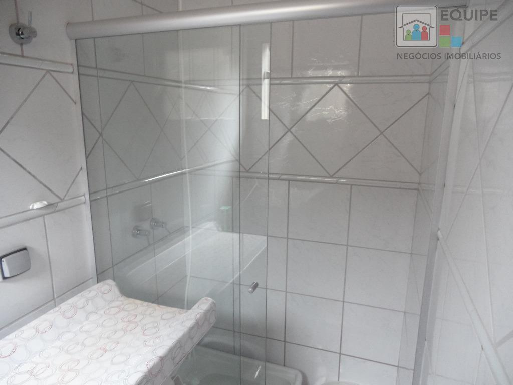 Casa de 2 dormitórios em Vila Alba, Araçatuba - SP