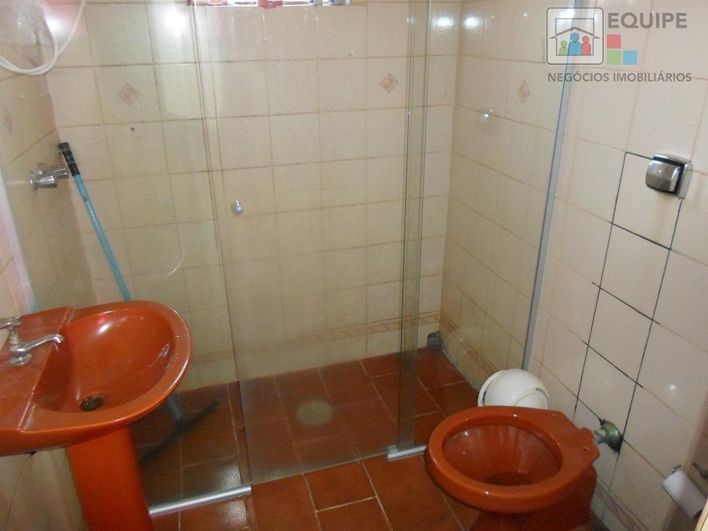 Casa de 3 dormitórios em São José, Araçatuba - SP