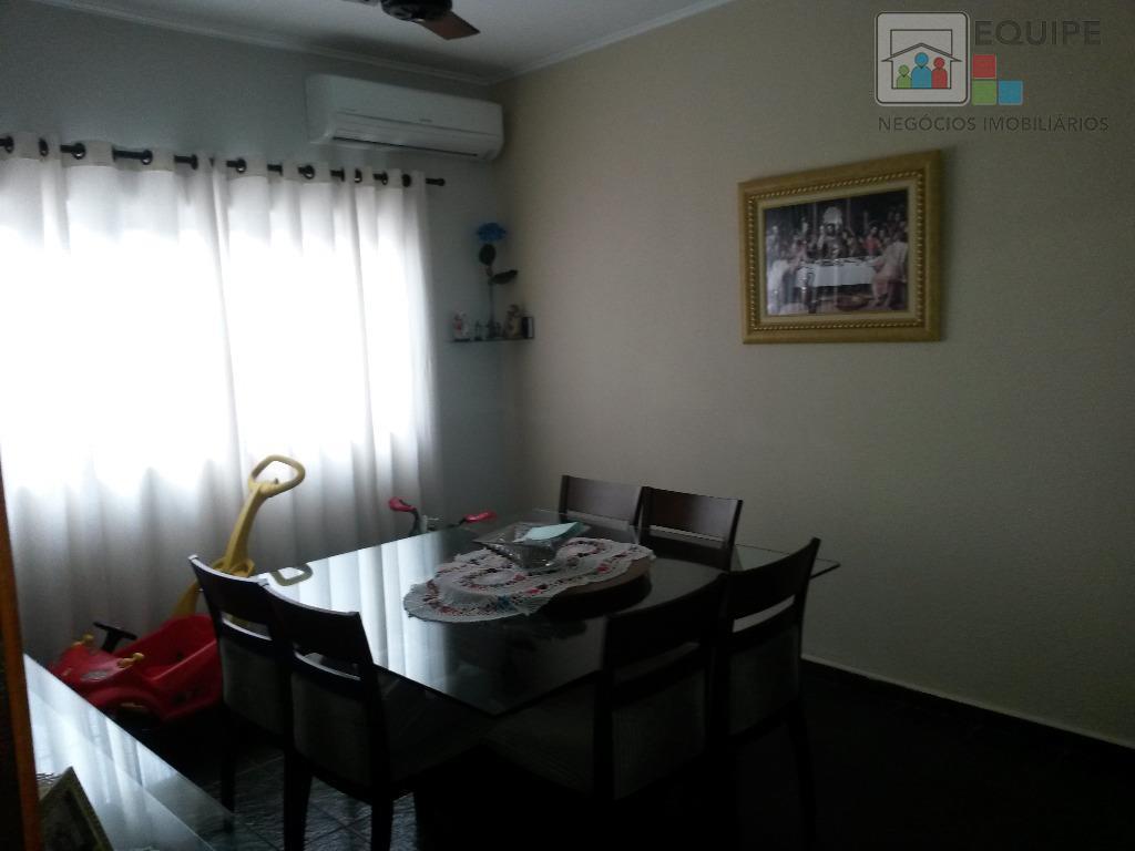 Casa de 3 dormitórios em Paraíso, Araçatuba - SP