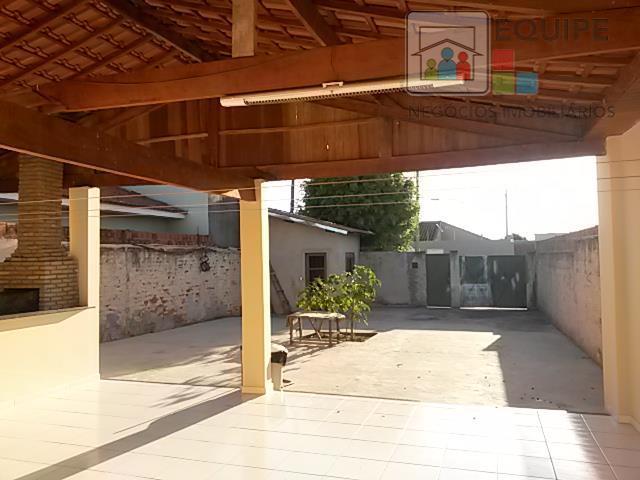 Casa de 2 dormitórios em Umuarama, Araçatuba - SP