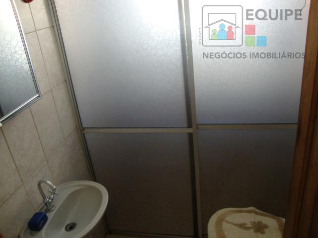 Casa de 3 dormitórios em Umuarama, Araçatuba - SP