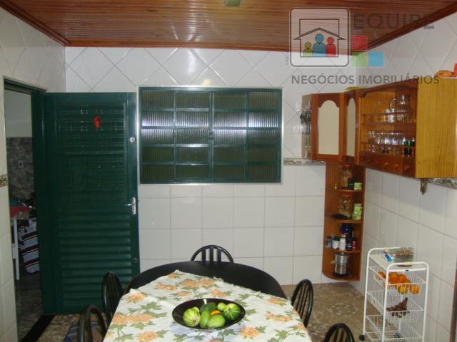 Casa de 2 dormitórios em Conjunto Habitacional Taane Andraus, Araçatuba - SP