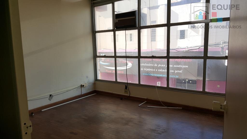 Sala em Centro, Araçatuba - SP