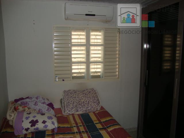 Casa de 2 dormitórios em Conjunto Habitacional Clóvis Valentin Picolotto, Araçatuba - SP