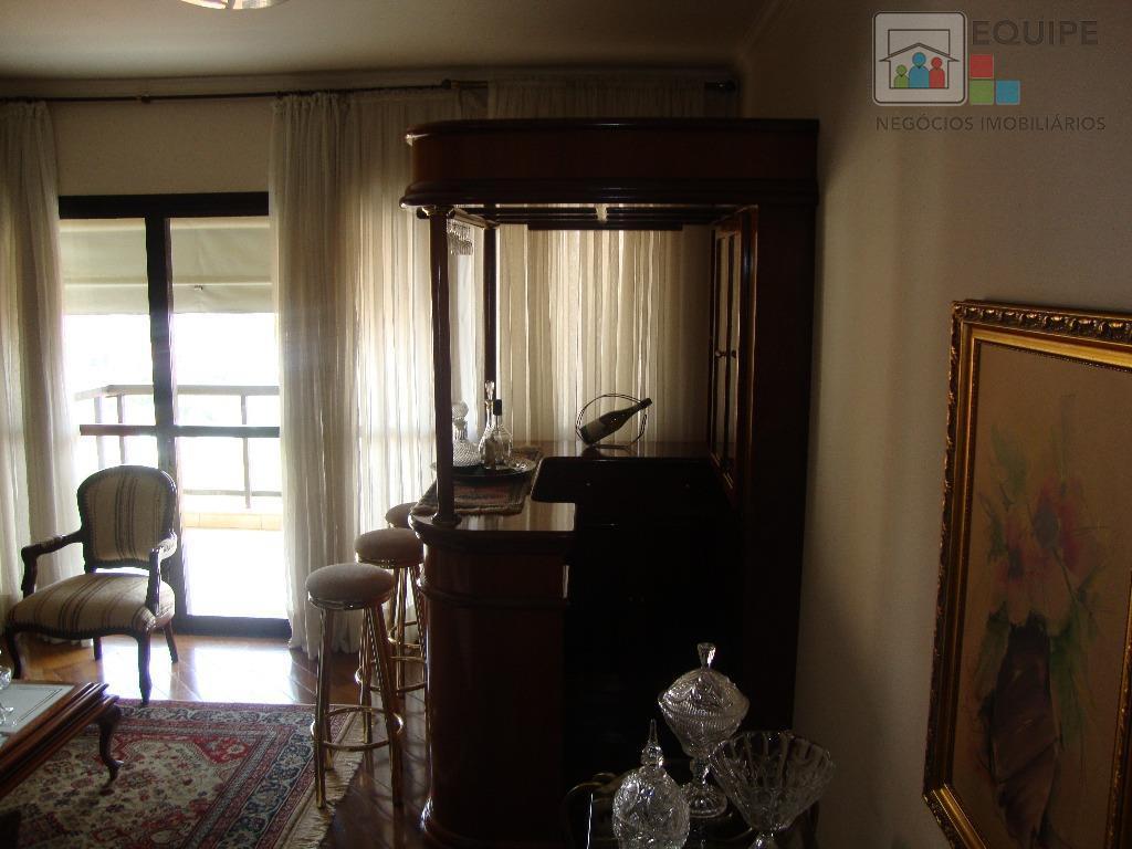 Apartamento de 3 dormitórios à venda em Higienópolis, Araçatuba - SP