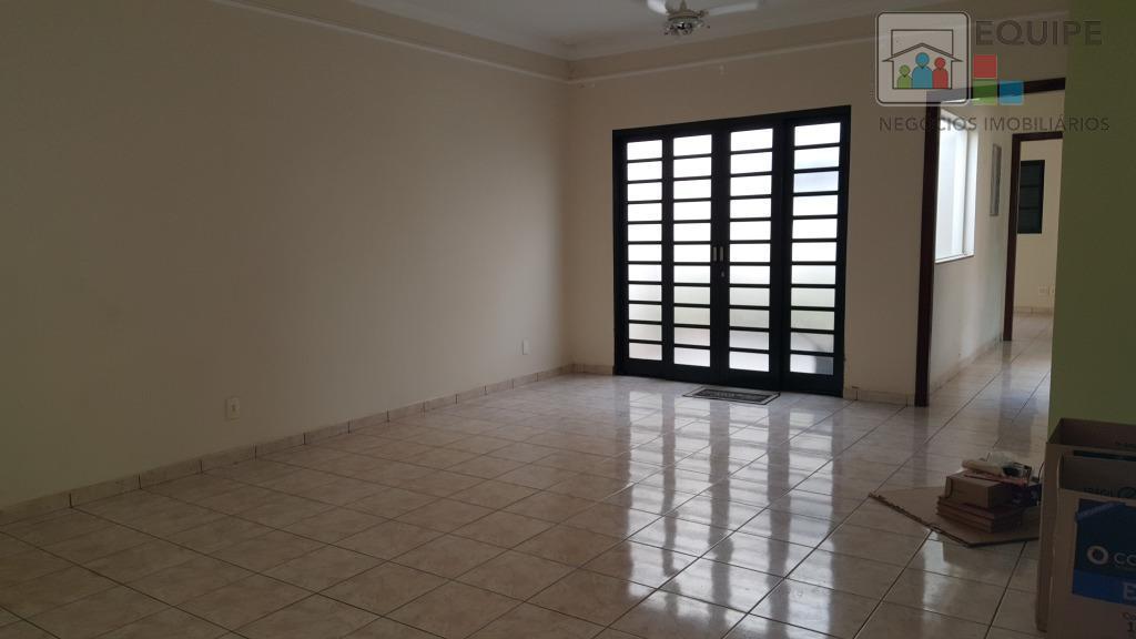 Casa de 2 dormitórios em Novo Paraíso, Araçatuba - SP
