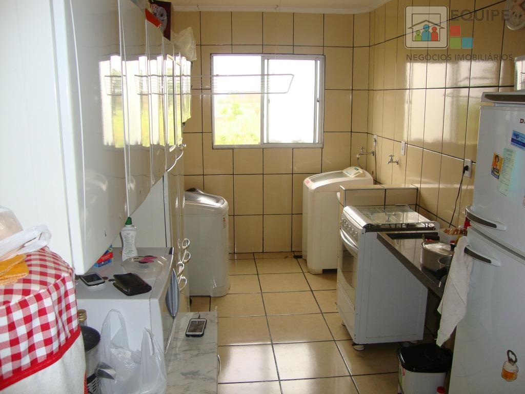 Apartamento de 2 dormitórios em Vila Aeronáutica, Araçatuba - SP