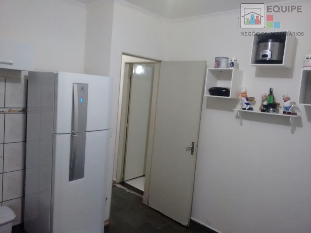 Casa de 4 dormitórios em Aeroporto, Araçatuba - SP