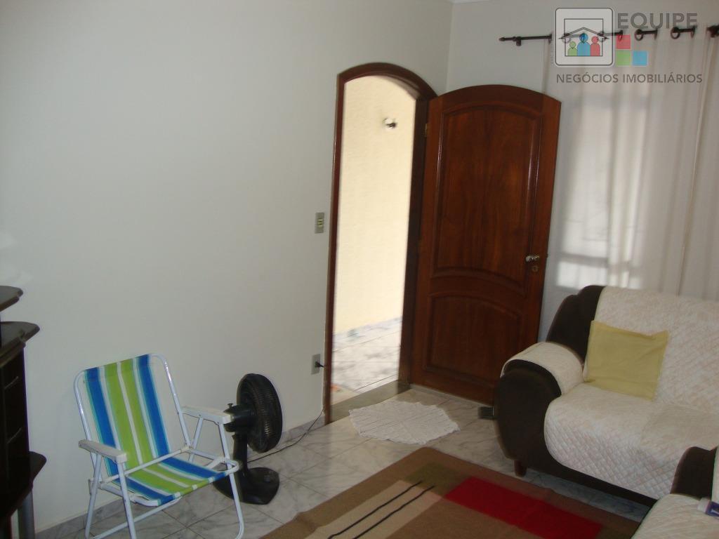 Casa de 3 dormitórios à venda em Santana, Araçatuba - SP