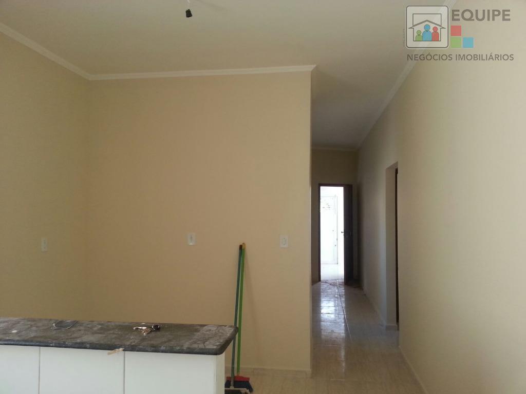Casa de 3 dormitórios em Concórdia Iii, Araçatuba - SP