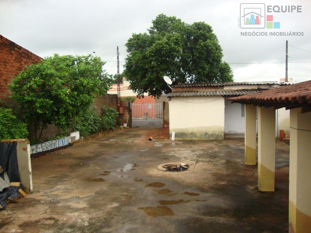 Casa de 2 dormitórios à venda em São José, Araçatuba - SP