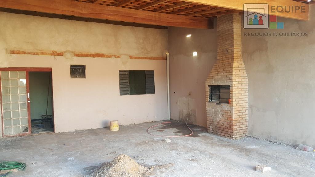 Casa de 2 dormitórios à venda em Água Branca I, Araçatuba - SP