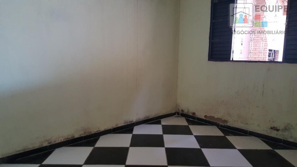 Casa de 2 dormitórios em Água Branca I, Araçatuba - SP