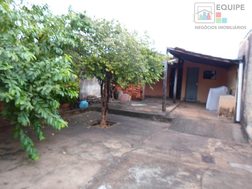 Casa de 2 dormitórios à venda em Vila Industrial, Araçatuba - SP