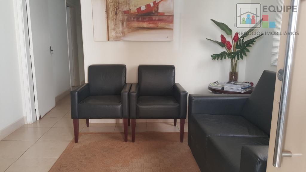 Casa de 2 dormitórios à venda em Centro, Araçatuba - SP