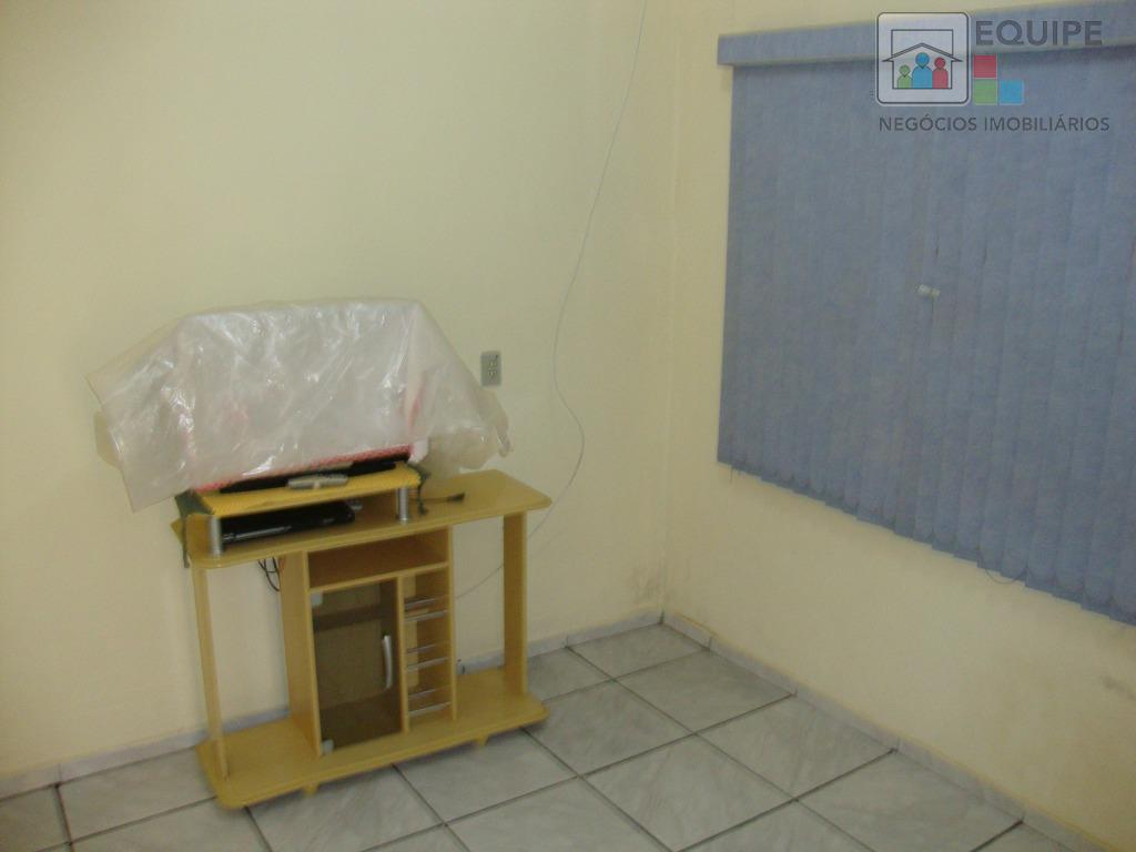 Casa de 3 dormitórios em Parque Industrial, Araçatuba - SP