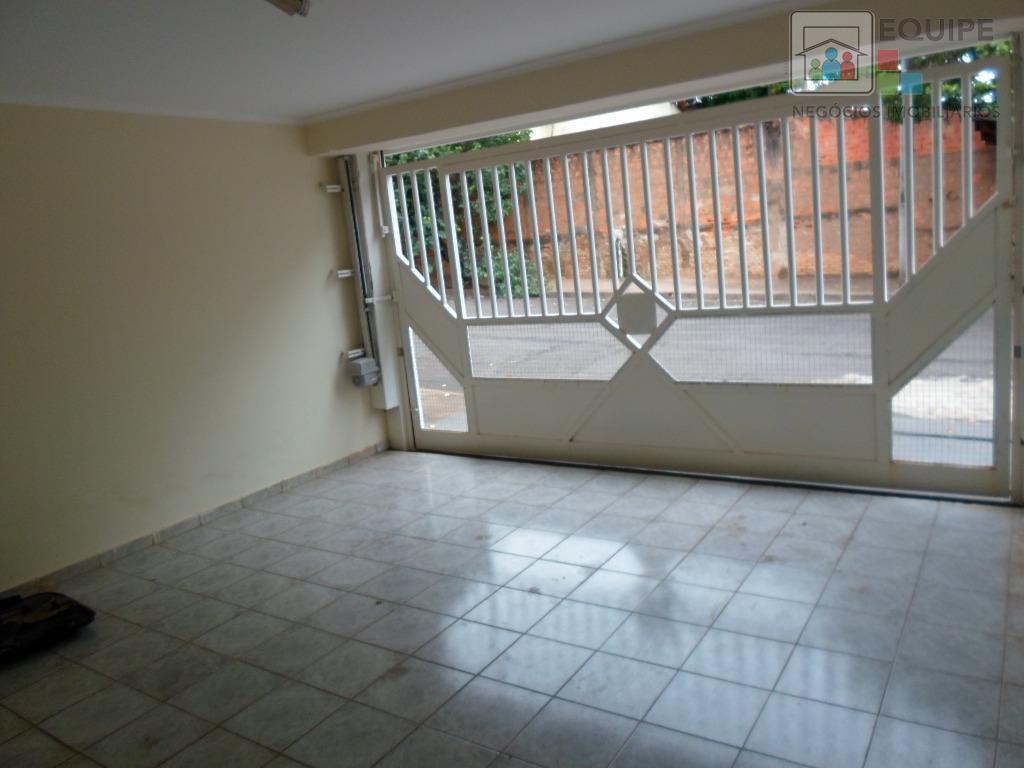 Casa de 3 dormitórios em Vila Aeronáutica, Araçatuba - SP