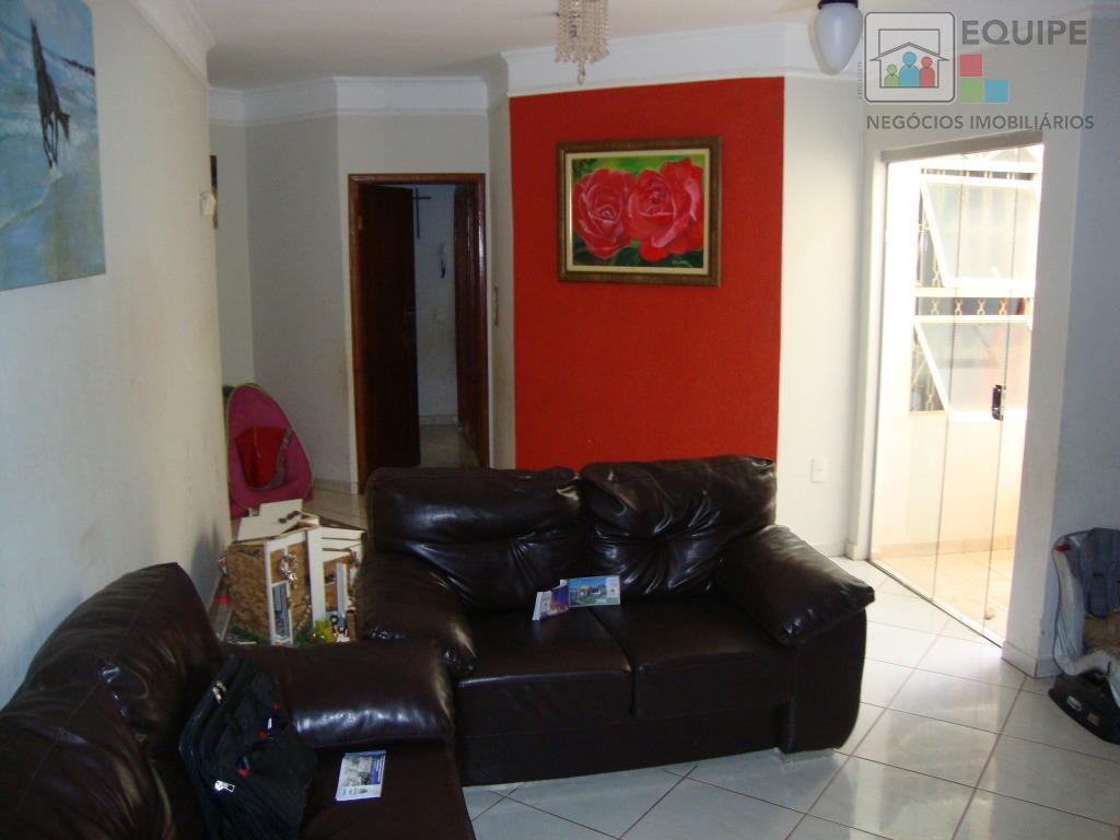 Casa de 3 dormitórios em Água Branca Ii, Araçatuba - SP