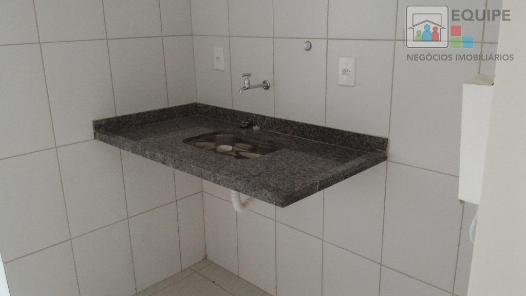 Apartamento de 2 dormitórios em Conjunto Habitacional Pedro Perri, Araçatuba - SP
