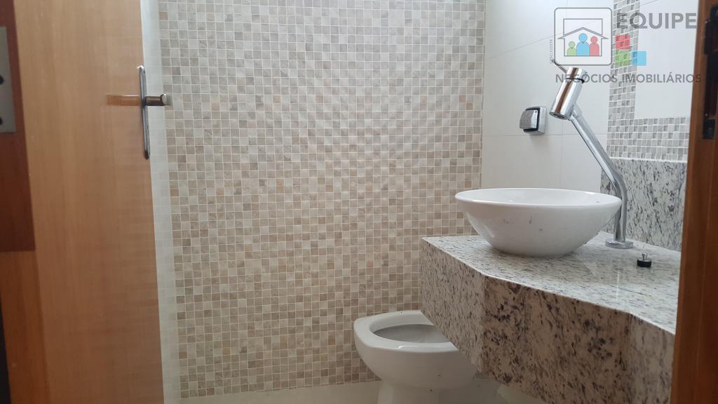 Casa de 3 dormitórios à venda em Aeroporto, Araçatuba - SP