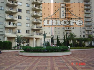 - condomínio alto padrão- andar alto- linda decoração- todo mobiliado- cozinha planejada- piso tábua e granito-...
