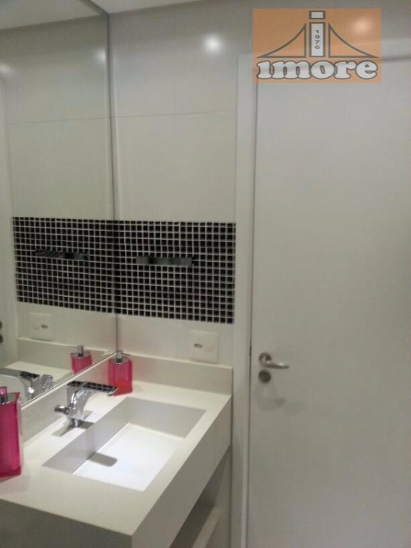 - 3 suítes c/armários (hidro e ar condicionados)- sala living (4 ambientes) piso em mármore- sacada...