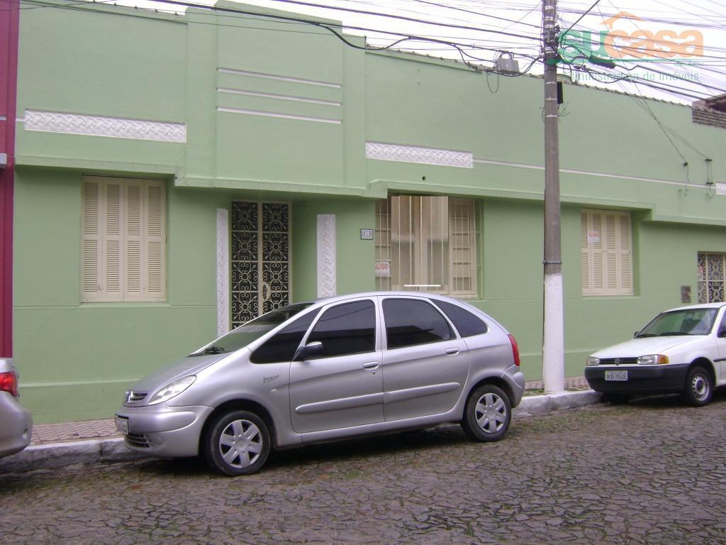 Casa  residencial para locação, Centro, Pelotas.
