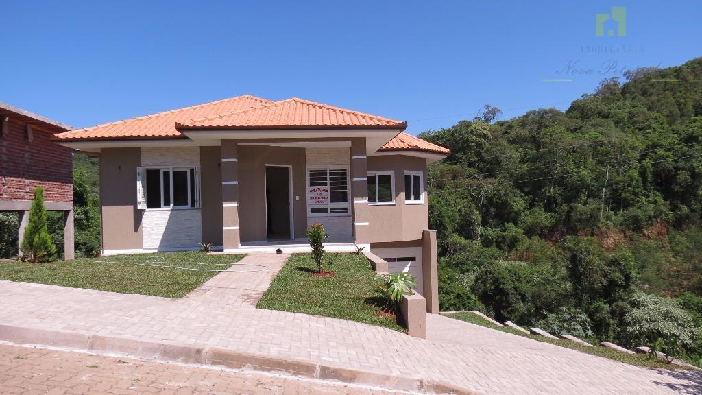 Linda casa residencial à venda.