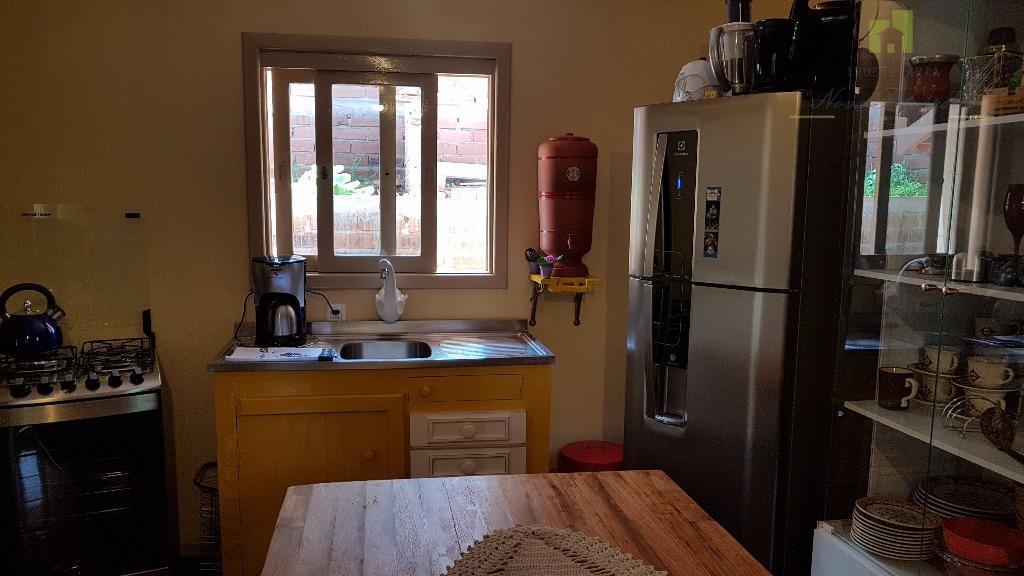 casa mobiliada com móveis adquiridos em janeiro 2017, pronta para morar.possui: 2 quartos, 1 sala de...