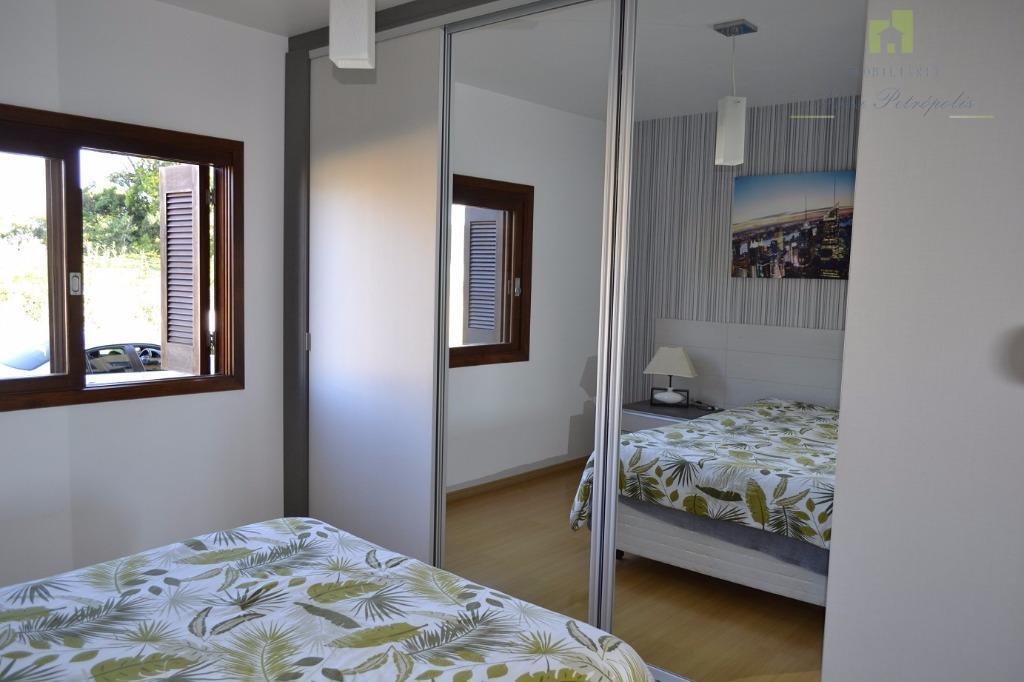 excelente apartamento todo mobiliado no solar da encosta, bairro pousada da neve!descrição:02 dormitórios sala de estar...