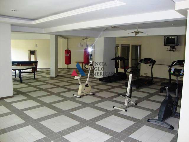 apartamento em condominio fechado, com piscina e churrasqueira no terraço e fácil acesso à marginal pinheiros....
