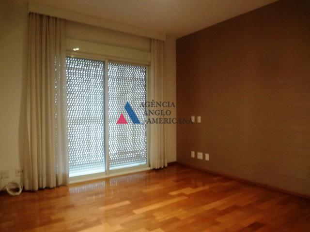 belíssimo apartamento, ao lado da praça pereira coutinhoamplo terraço e sala para três ambientes3 suítes e...