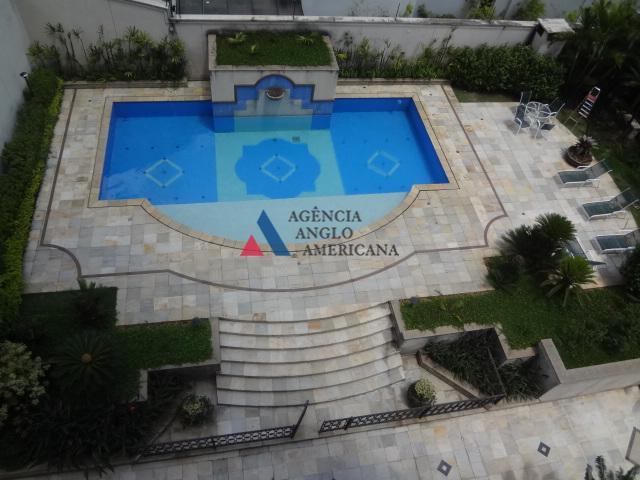 belissimo edificio, próximo do parque ibirapuera.pé direito alto, terraço com vista para o verdeamplo living, sala...