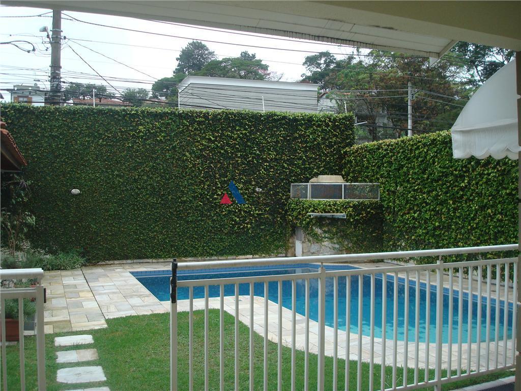casa em condomínio fechado, com infra de lazer completa(piscina, tênis, quadra poli, playground, sl. festas, academia...