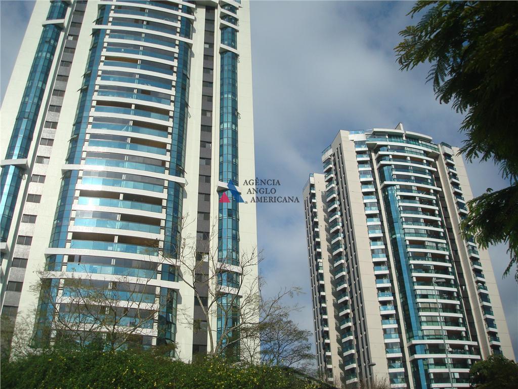 apartamento em andar alto, com vista belíssima para o bosqueterraço gourmet, living ampliado, ar condicionado4 vagas...