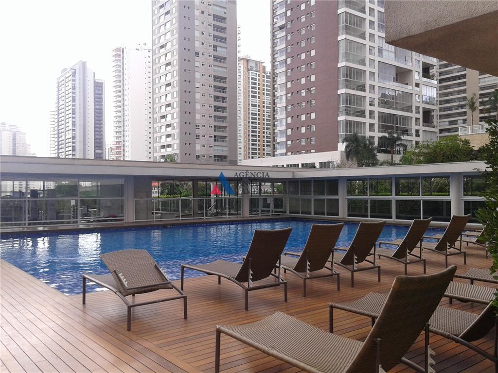 condomínio-clube, com 2 torres, área de lazer completíssima, incluindo piscina raia coberta, quadra poli, academia de...
