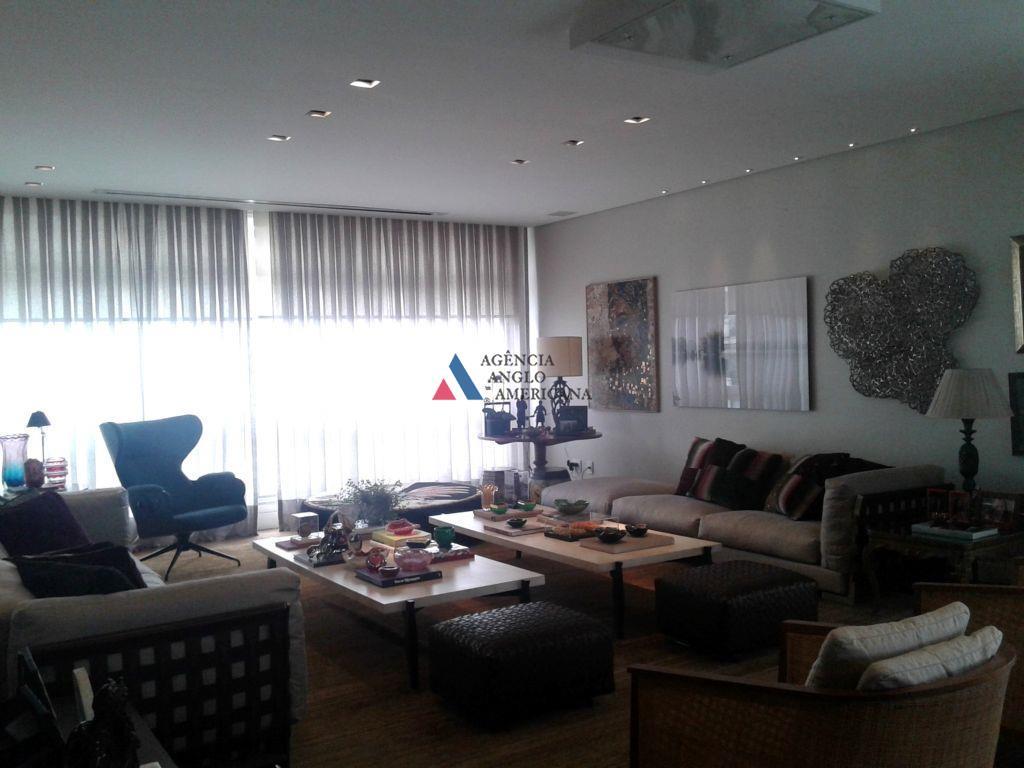 apartamento amplo e reformado com requinte no acabamento.cozinha magnífica, com armários e equipamentos de excelente padrãoar...