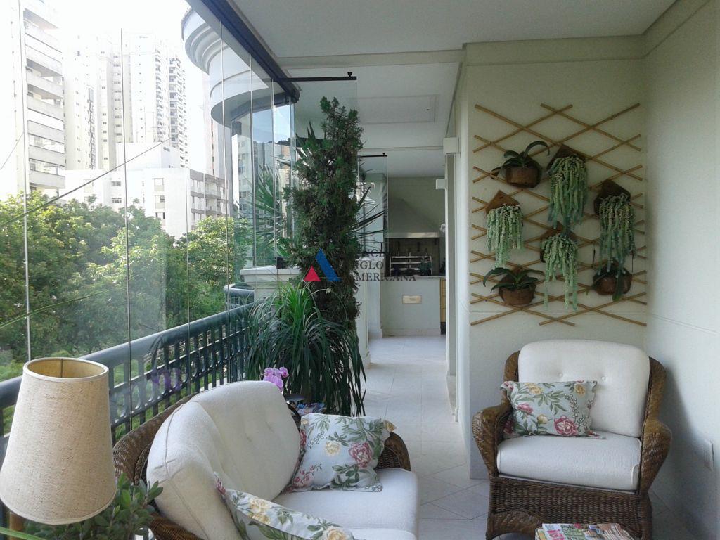 apartamento - sofisticado, em edifício de alto padrão, em localização valorizada do bairro.ar condicionado em toda...