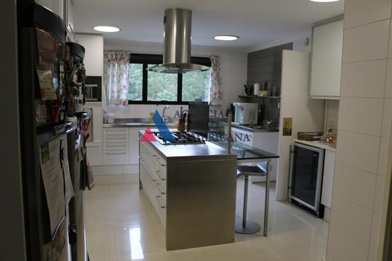 Apartamento  residencial à venda ou locação, Panamby, São Paulo.