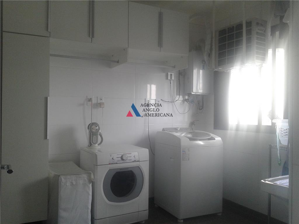 apartamento reformado, andar alto com vista magníficaar condicionado, cozinha com armários novosárea de lazer de clube...