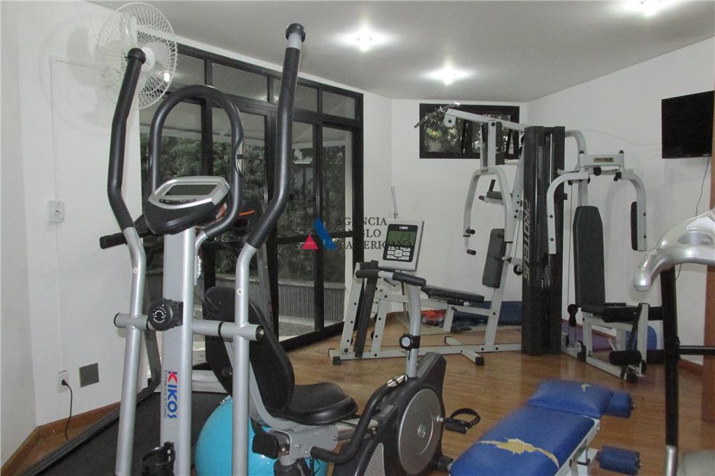 apartamento - locação - apartamento em excelente localização no brooklin, ótimo estado de conservação com pinturas...