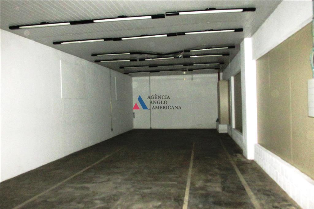 galpão - venda/locação - z 2 - imóvel com grande edificação, escritório e operacional com docas....